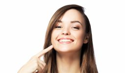 Top Five Reasons to Consider Professional Teeth Whitening